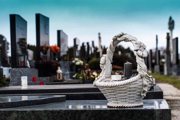 Un cimetière